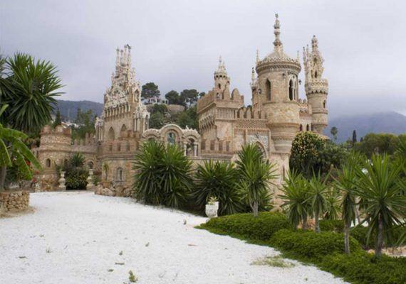 Haz un recorrido por la Historia en familia en el Castillo de Colomares