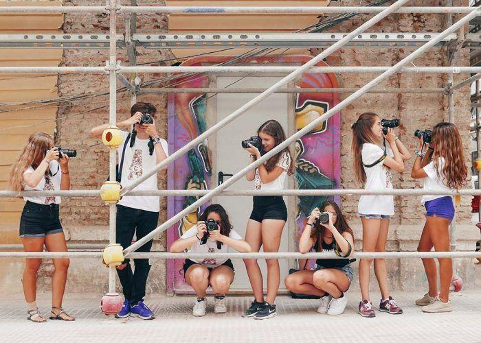 Campamento de verano sobre fotografía para adolescentes con el centro APERTURA (Málaga)