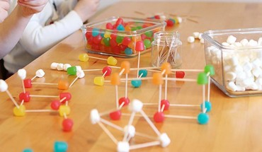 geometría con objetos tridimensionales
