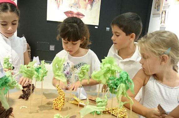 imagen taller mahatma flores papel