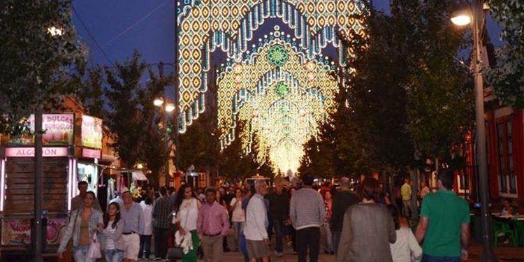 Feria Fuengirola noche iluminación