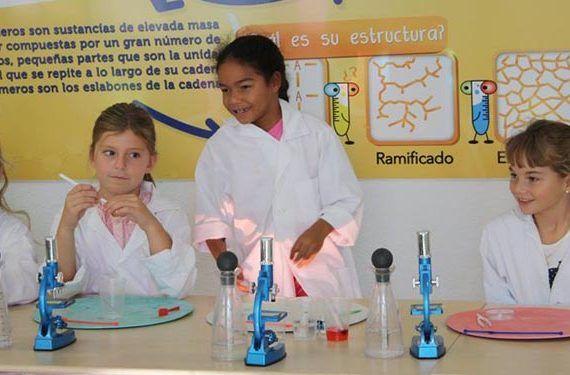 niñas microscopios planetaexplora