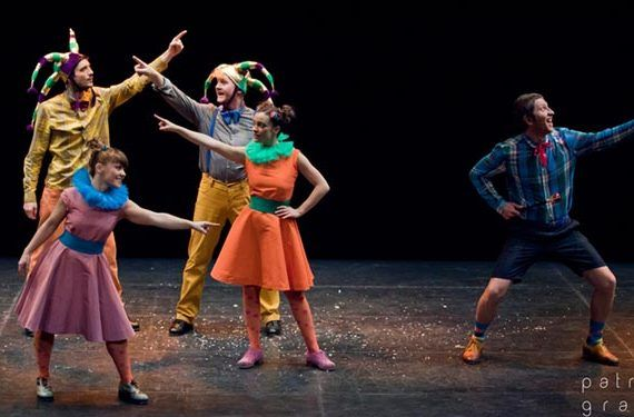 danza 'Nadie es quien parece ser' Teatro Echegaray domingo 8 cabecera