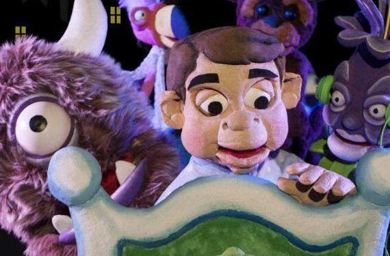 espectáculo teatro títeres momó habitación mágica aseismanos la cochera cabaret