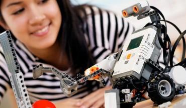 Robotix Málaga reportaje niños robots talleres aulas galería 04
