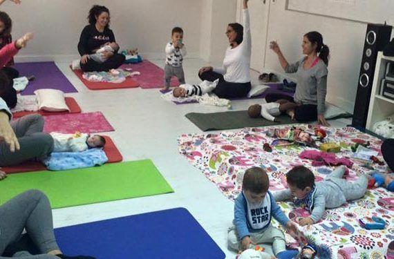 Actividades maternales de febrero en La Caracola de Málaga yogas bebés madres cabecera