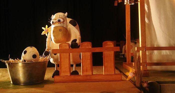 'La increíble historia de la vaca Margarita'. Títeres Caracartón