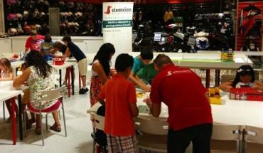 Campus Stemxion 2016 campamento verano cartel Lego Minecrat robótica educativa taller