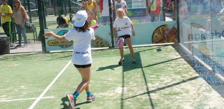 val sport partido raqueta pádel tenis chicas