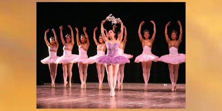 ectáculo Noche de Danza con el Centro de Danza de Torremolinos en Benalmádena Suena