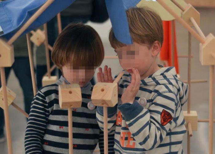 Trígonos, juguetes educativos de construcción con madera natural y telas