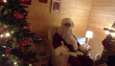 Visita la Casita de Papá Noel en Muelle Uno de Málaga
