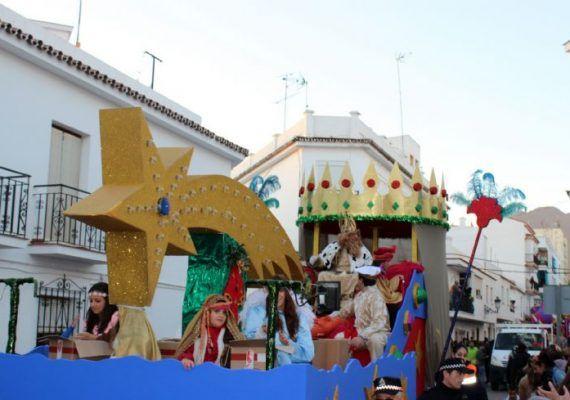 Cabalgata de Reyes Magos en Estepona 2017