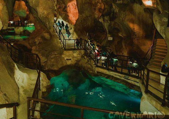 Descubre la Prehistoria en familia con Cavernario en la Cueva del Tesoro (Rincón de la Victoria)