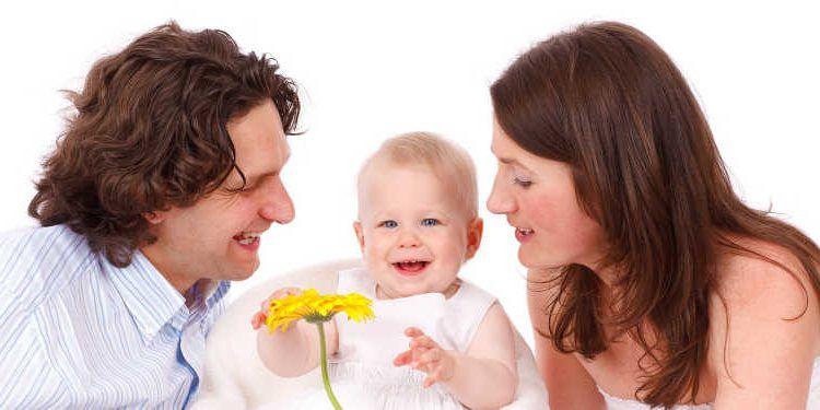 familia bebé