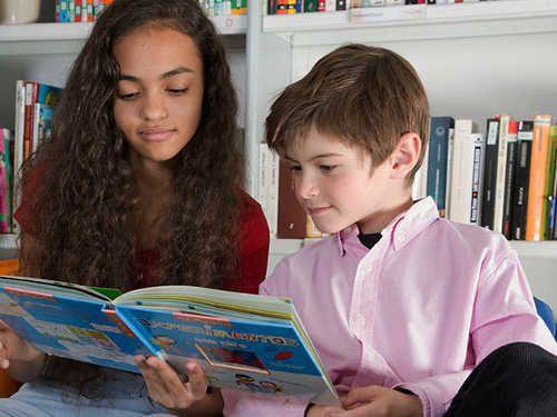 Kumon recomienda seis libros imprescindibles en inglés y en castellano para tus niños este verano