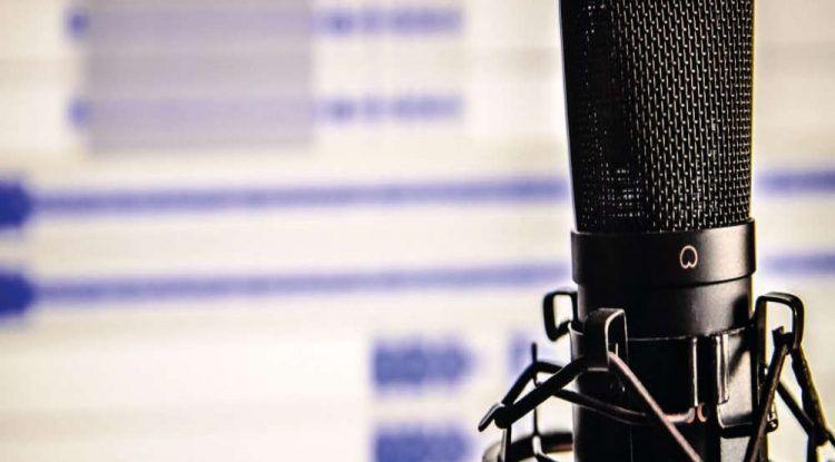 taller radio Minichaplin