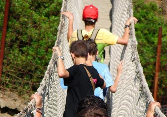 Campamentos de verano para niños en la naturaleza en Selwo Aventura Estepona