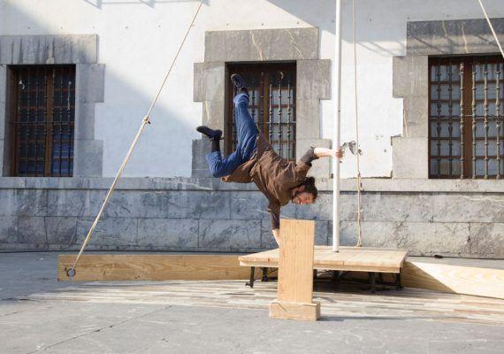 Teatro circo en Muelle Uno Málaga