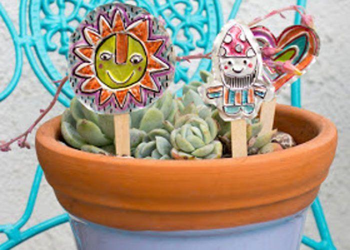 Cómo crear con tu peque adornos para el jardín