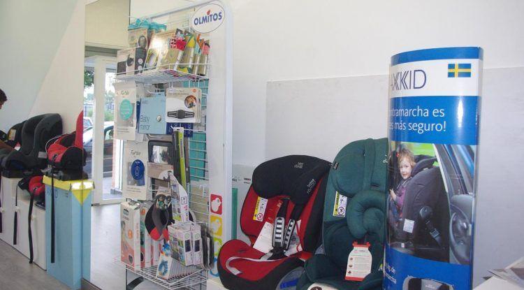 Peques acontramarcha, asesoramiento y tienda especializada en Málaga para comprar y alquilar sillas de retención infantil