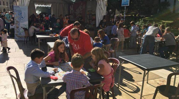 Ludoteca gratis para niños en Fancine Málaga con juegos de mesa
