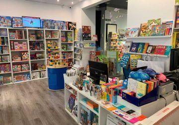 Regala en Navidad juguetes creativos para niñas y niños de todas las edades con Mahatma Showroom Málaga