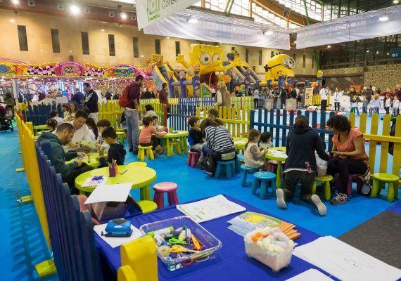 Planetario, montaña de nieve y otras actividades infantiles en el Palacio de Ferias de Málaga con MIMA