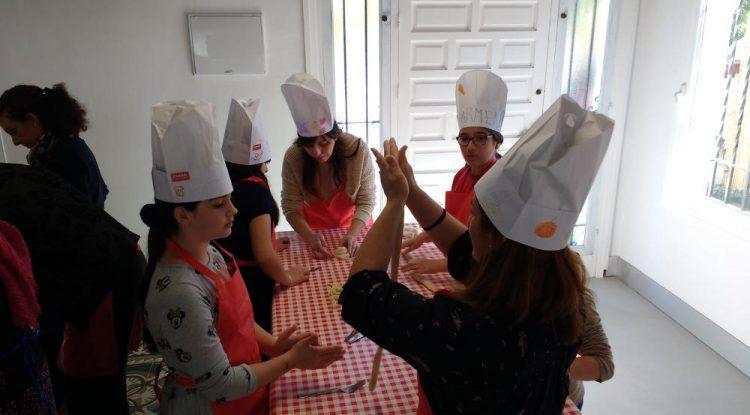 Campamento de cocina infantil en Semana Blanca con Cooking Málaga en Pedregalejo