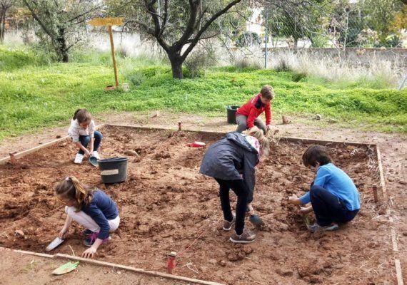 Semana Blanca para aventureros con el campamento infantil de ArqueoEduca en Málaga