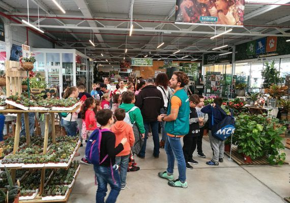 Campamento infantil de Semana Blanca entre animales en Verdecora Málaga