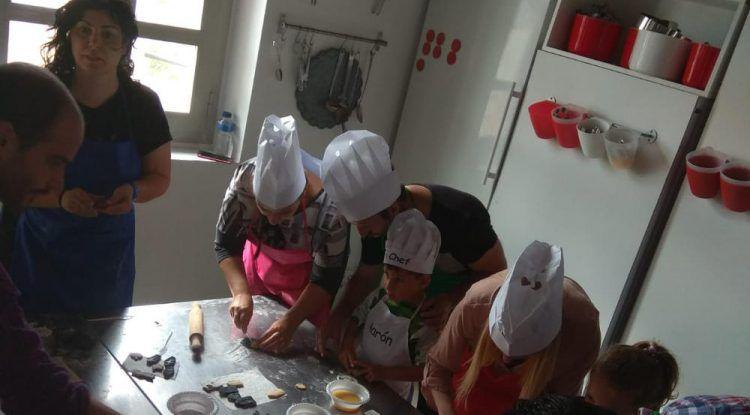 La Diversiva y Cooking Málaga organizan un taller de cocina en familia para sortear entre nuestros lectores