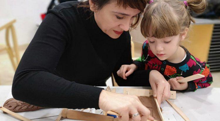 Taller de cerámica pintada para familias en el Museo Picasso Málaga