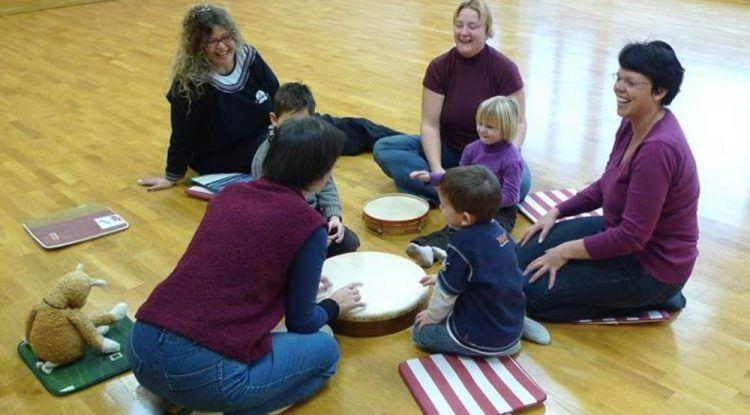 Taller de educación musical en Semana Blanca para niños a beneficio de la Casa Ronald Mcdonald Málaga