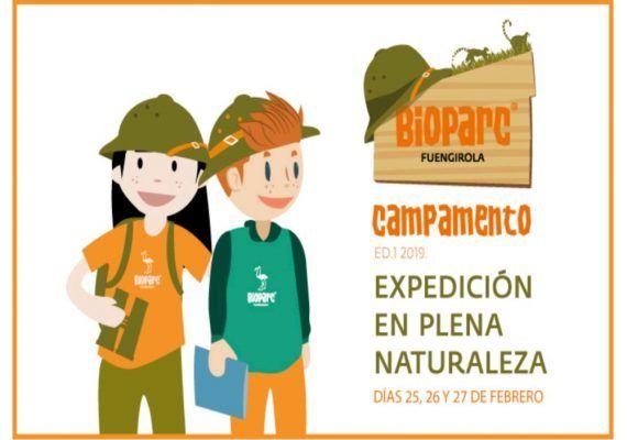 Exploradores en plena naturaleza con el campamento de Semana Blanca de Bioparc Fuengirola