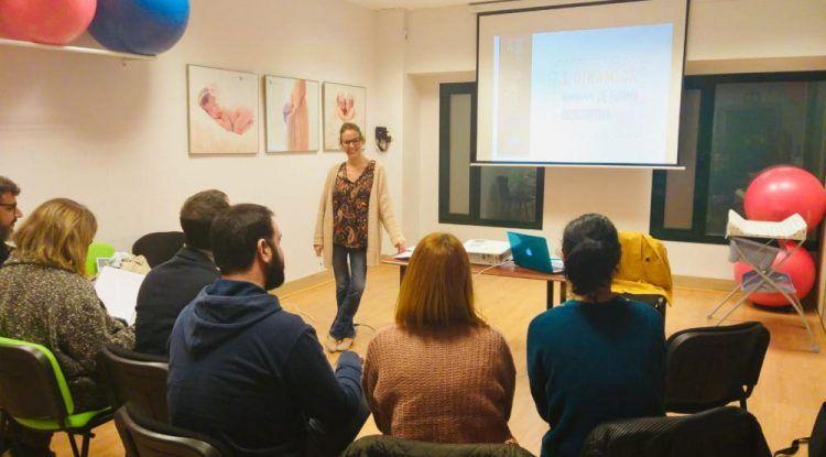 Talleres de habilidades educativas y alimentación BLW para madres y padres en Málaga