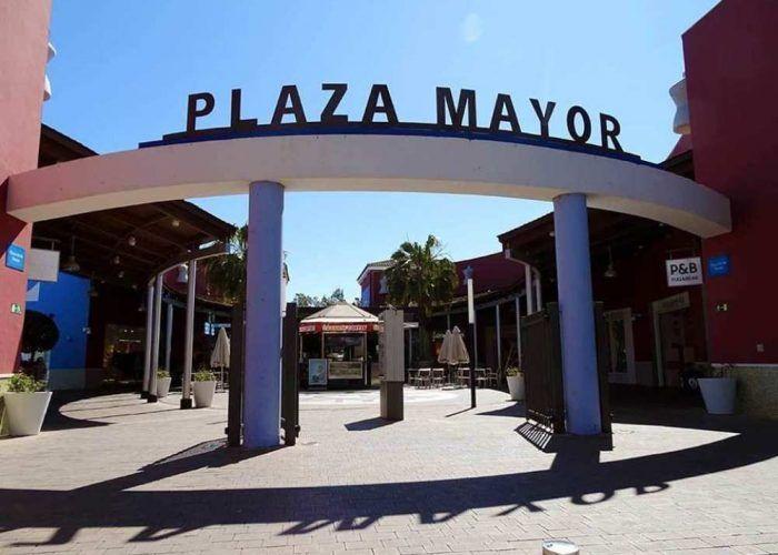 Talleres y actividades gratuitas para niños con autismo en Plaza Mayor Málaga