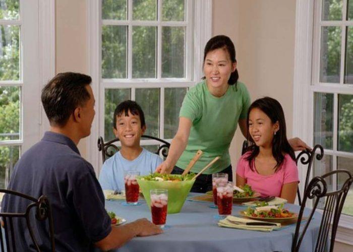 Diez cenas fáciles y sanas para los pequeños de la casa