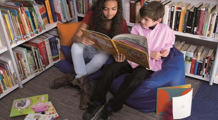 ¿Qué adquiere un niño que aprende a leer? Pautas sobre lo que puede leer un niño