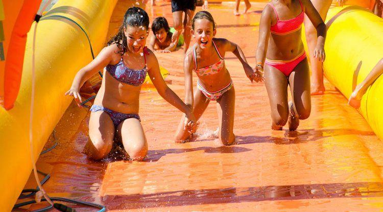 Ludoteca Laberinto realiza tres campamentos de verano en Málaga para los peques en Ludoteca Laberinto, Colegio Puertosol y Colegio María del Mar Romera