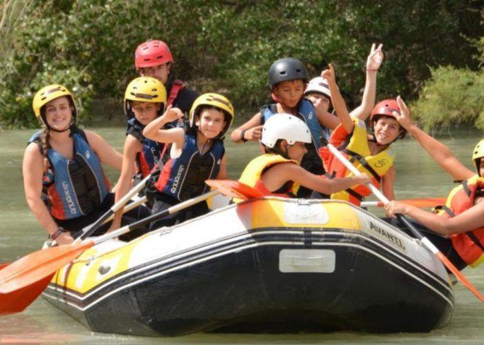 Aventura, inglés y francés en el campamento de verano para niños de Molino de Madaura (Archidona)