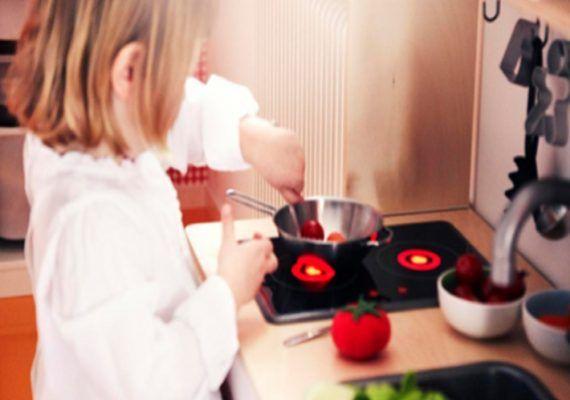 Talleres gratis de manualidades, cocina, robótica y grandes construcciones para los peques y sus familias en mayo con Ikea Málaga