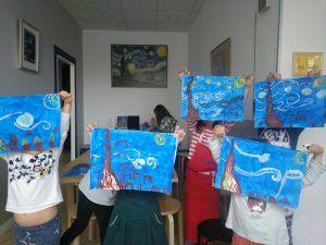 Campamento de verano para niños sobre arte y pintura en Torremolinos