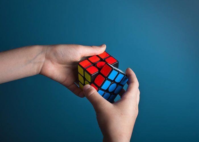 Taller de Cubo de Rubik gratis para niños y jóvenes en Fuengirola