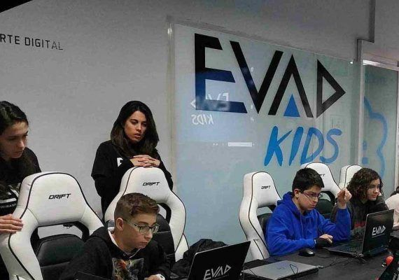 Aprende a crear tu propio videojuego con EVAD KIDS