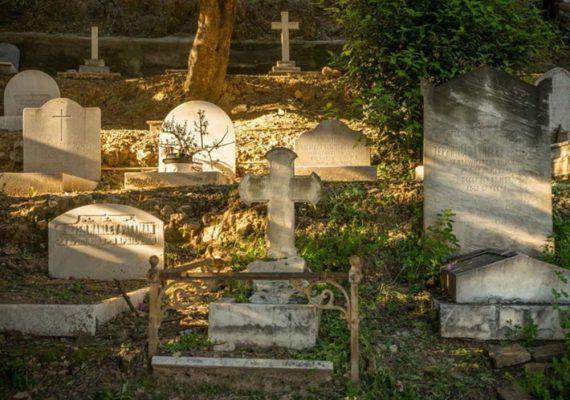 Gymkana de Halloween para toda la familia en el Cementerio Inglés de Málaga