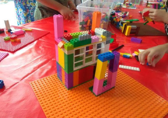 Taller infantil de arquitectura en Torremolinos (Málaga)