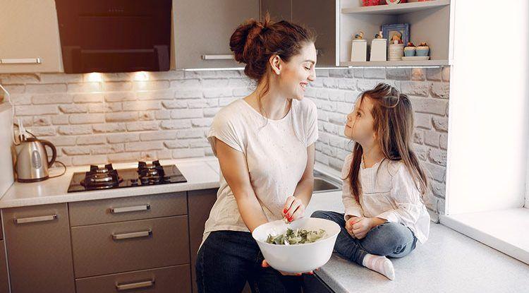 10 temas para hablar con tus hijos en la cena