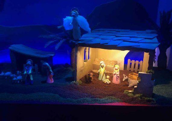 Taller gratis de porcelana fría sobre Navidad para toda la familia en el Archivo Municipal de Málaga