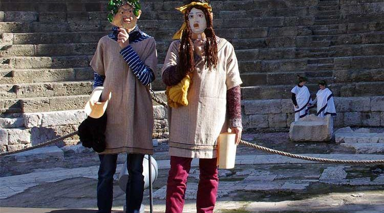 Talleres gratis para niños de historia y arqueología con ArqueoRutas en Navidad